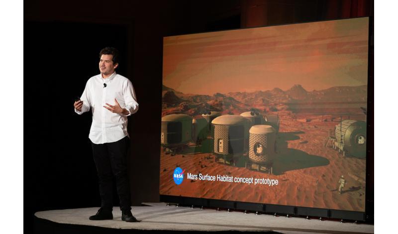 Julian Reyes, Director of VR/AR, NASA's Mars 2030